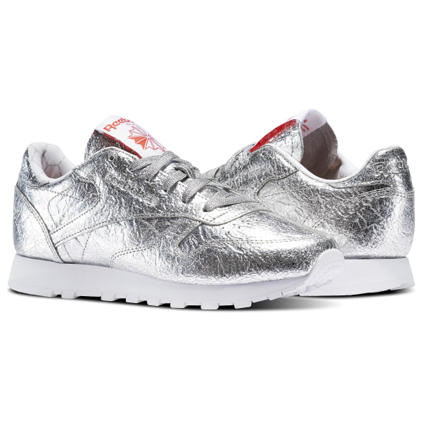 139a8bb7ee6 Tenis Classic Leather HD SILVER MET SNOWY GREY PRIMAL RED WHITE BS5115
