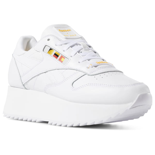 51981a83b5300 Tênis F Classic Leather Double G Hadid white   neon red   black   gold  DV5391