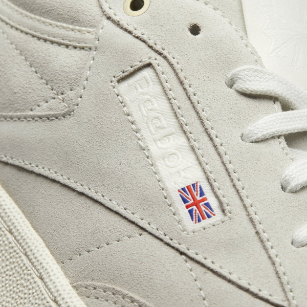 94478dc7340 Reebok Club C 85 Montana Cans collaboration - Beige