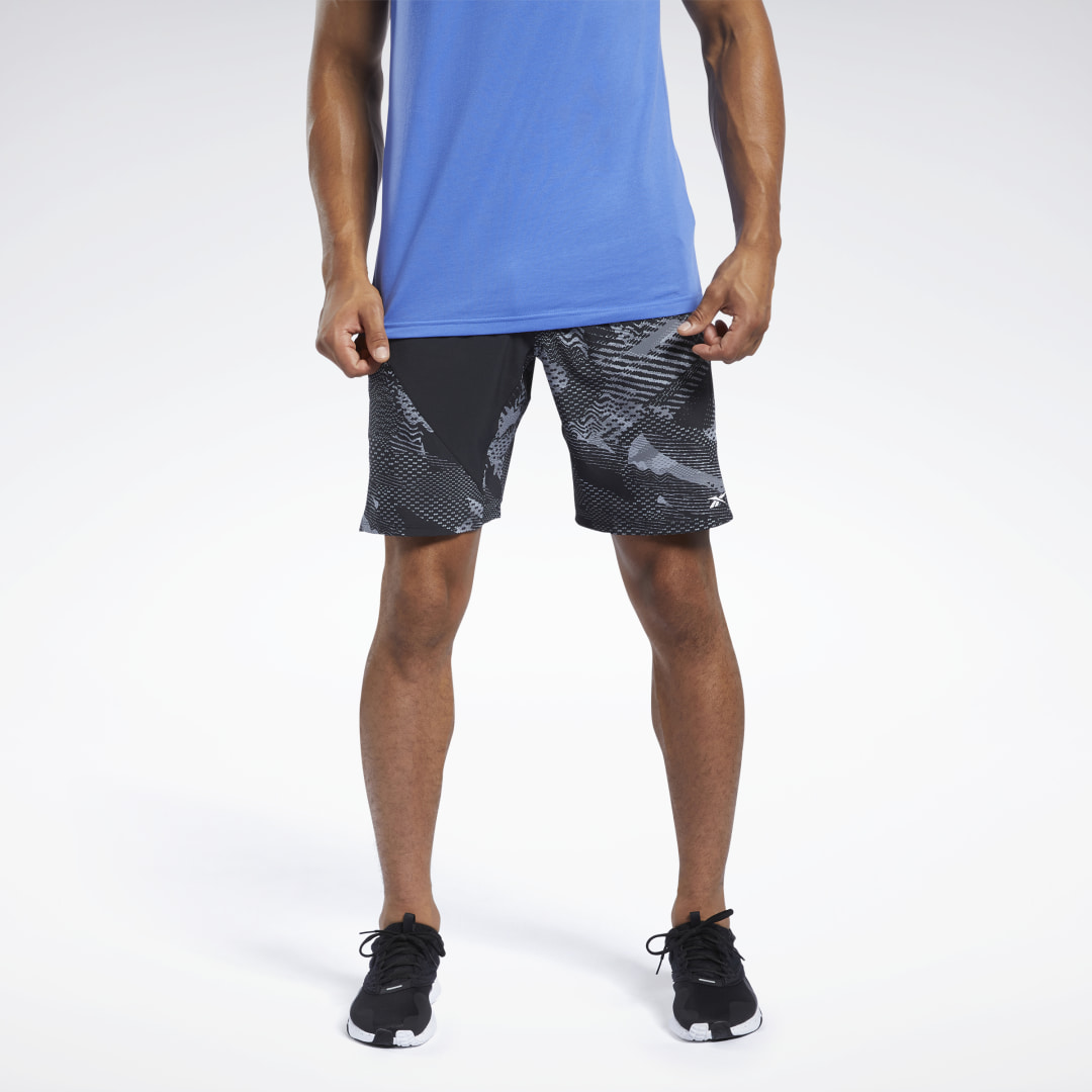 Move with ease through agility drills and lunges. These men\'s training shorts are made of lightweight four-way-stretch material that wicks sweat away from the skin to help you stay cool and dry. With slip-in hand pockets, you\'ll have a convenient spot to