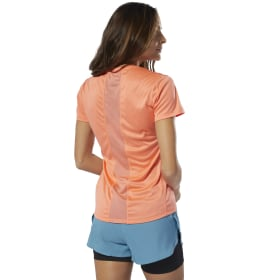 Running Essentials Delta Graphic T-Shirt