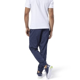 Training Essentials Woven Cuffed Pant