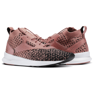 Zoku Runner Ultraknit Fade Black / Overtly Pink / White BS6398