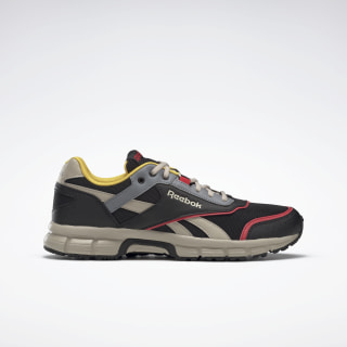 Reebok Royal Run Finish Shoes Black / Rebel Red / Parchment EG2422
