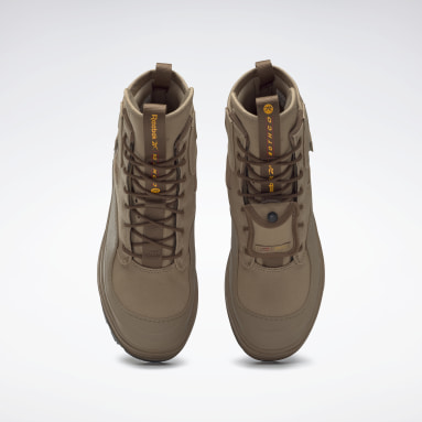 Women Classics Brown Rothco Club C Cleated Mid Shoes