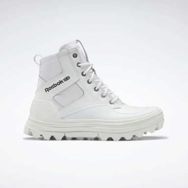 Tenis Club C Cleated Mid Blanco Mujer Classics