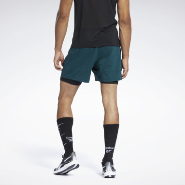 Men Terrengløping Green Running Essentials Two-in-One Shorts
