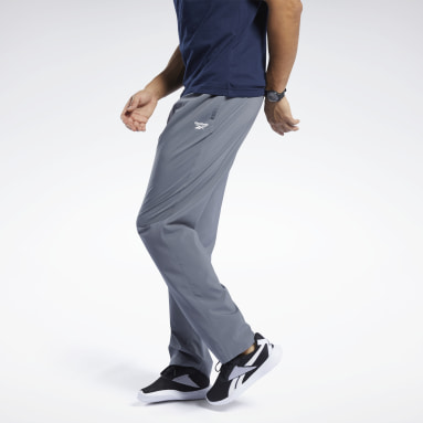 Men Training Grey Training Essentials Woven Unlined Pants