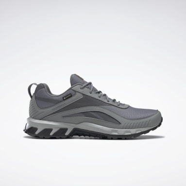 Men Walking Ridgerider 6 Gore-Tex Shoes