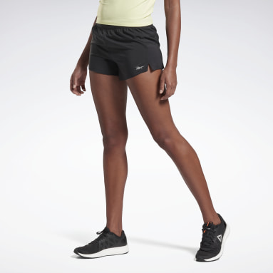 Frauen Running Run Essentials Shorts – 7,5 cm Schwarz