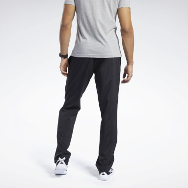 Men Training Black Training Essentials Woven Unlined Pants
