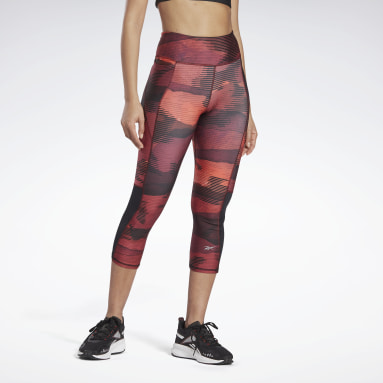 Women Running Burgundy Run Essentials 3/4 Length Leggings