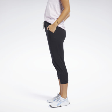 Women Fitness & Training Black Training Essentials Capri Pants