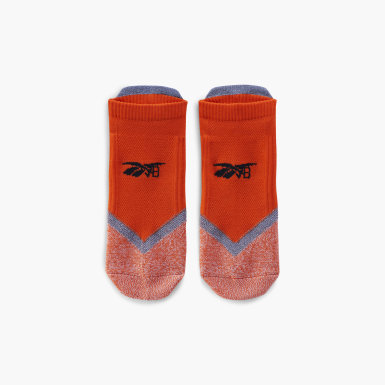 Women Classics Orange Victoria Beckham Running Socks