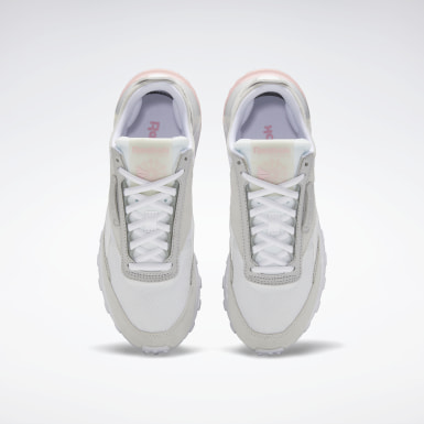 Women Classics White Classic Leather Legacy Women's Shoes