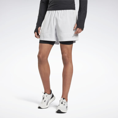 Heren Wandelsport Wit Running Essentials Twee-in-Een Short