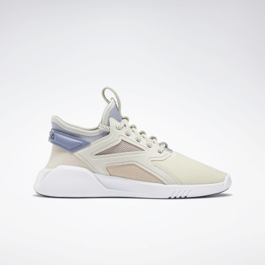 Women Studio White Freestyle Motion Lo Women's Shoes