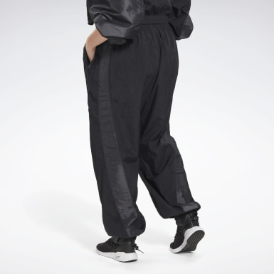Women Studio Black Studio Woven Pants (Plus Size)