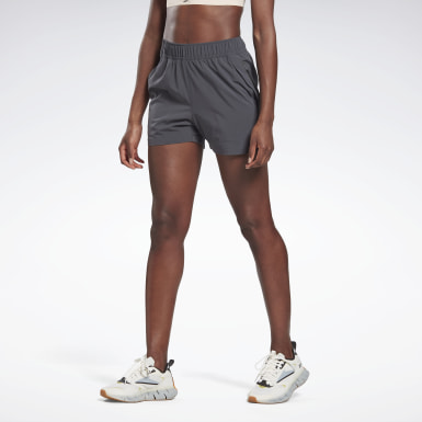 Women Running Night Run 3-Inch Shorts