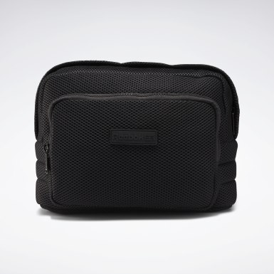 Classics Black Classics Freestyle Mesh Waist Bag