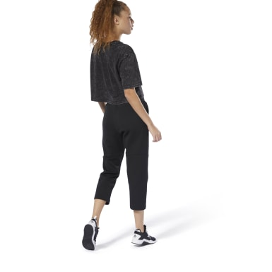 Women Studio Black Dance 7/8 Jogger Pants