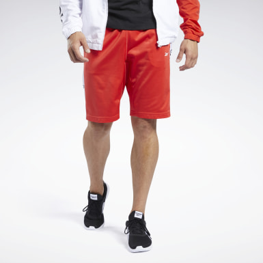 Men Fitness & Training Red Training Essentials Linear Logo Shorts