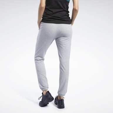 Frauen Fitness & Training Training Essentials Pants Grau