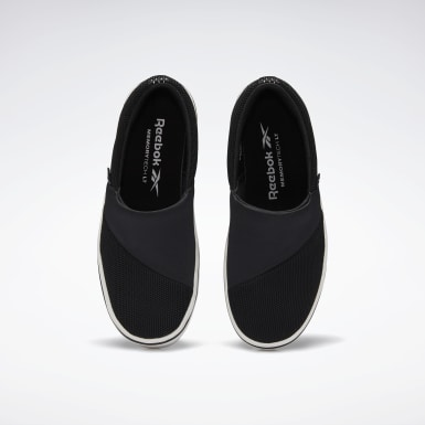 Women Walking Black Katura Shoes