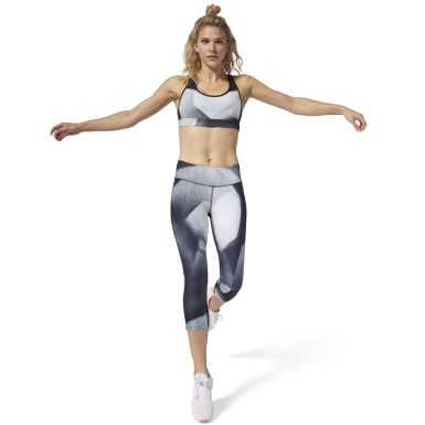Women Studio Black LES MILLS® 3/4 Capri Tights