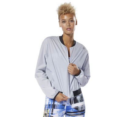 Women Fitness & Training Grey WOR Woven Jacket