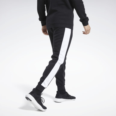 Jogger Training Essentials Linear Logo Nero Uomo Fitness & Training