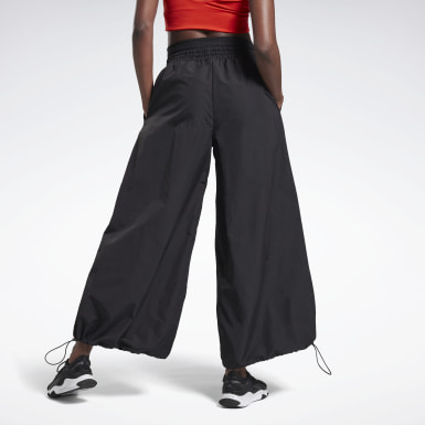 Frauen Studio Wide Leg Woven Pants Schwarz