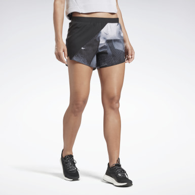 Frauen Running Running Essentials Shorts Schwarz