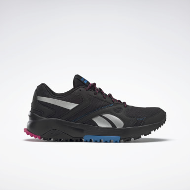 Women Trail Running Black Lavante Terrain Shoes