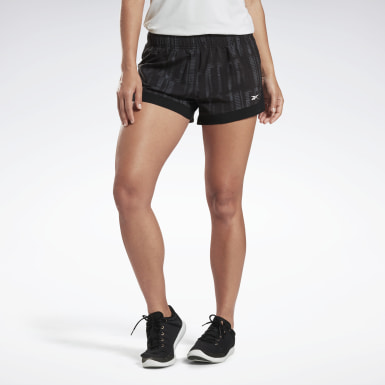 Kvinder Studio Black LES MILLS® Epic Lightweight Shorts