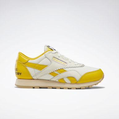 The Animals Observatory | Reebok AT