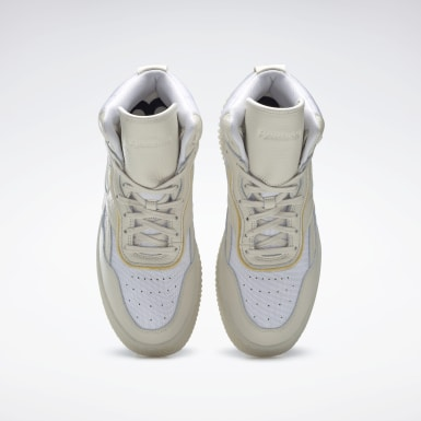 Classics White VB Dual Court Mid II Shoes