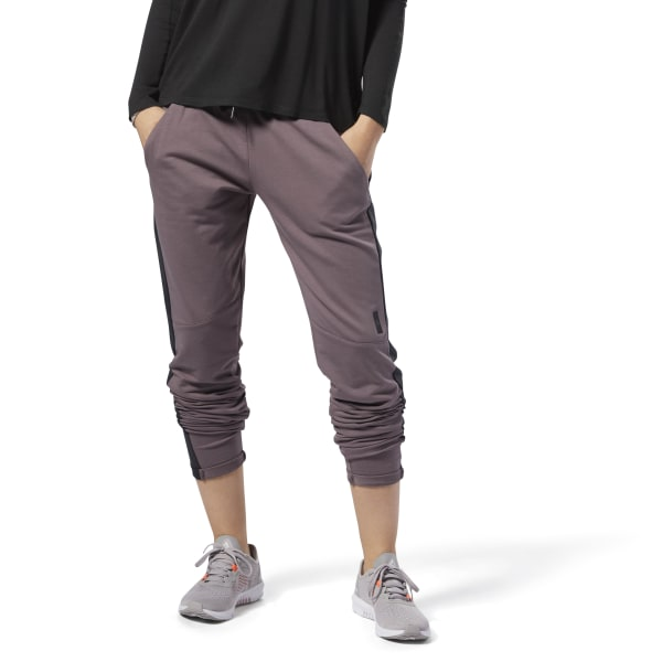 Slim Joggingbroek.Reebok Training Supply Slim Joggingbroek Grijs Reebok Nederland
