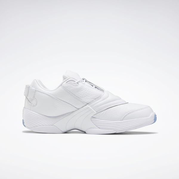 white low basketball shoes