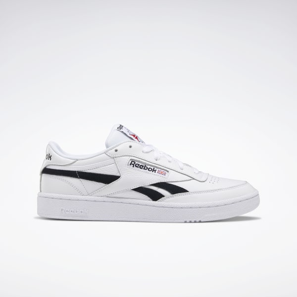 reebok club c trainers in off white