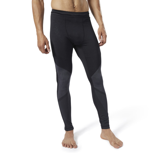 Switch up your routine. Get out of the gym and take your training outside with these men\'s tights. Ready for colder days, the compression tights are made with moisture-wicking, insulating fabric for extra comfort and warmth. Breathable mesh details help circulate airflow. 92% polyester / 8% elastane jacquard Designed for: A base layer for outdoor performance in cold weather Compression fit Thermowarm Touch is a super soft sweat-wicking, insulating fabric that provides exceptional warmth and comfort Mesh for ventilation and breathability Imported
