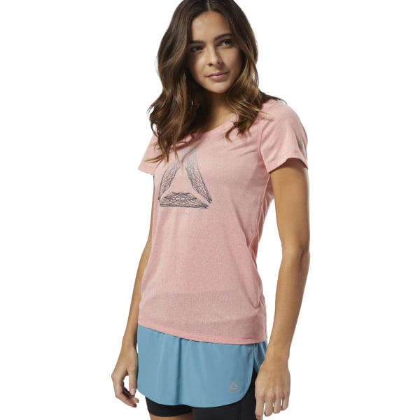 Stay cool while keeping dry on daily runs. This women\'s scoop neck tee is made with Speedwick fabric that helps move away sweat as the temperatures rise. Its slim-fitting cut is designed to stretch as you up the pace. A reflective logo on the front flashes Reebok pride. 100% polyester single jersey Designed for: Running Slim fit Speedwick fabric wicks sweat to help you stay cool and dry Scoop neck Reflective details for added low-light visibility Imported