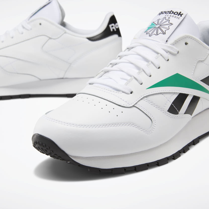 Reebok-Men-039-s-Classic-Leather-Vector-Men-039-s-Shoes-Shoes thumbnail 18