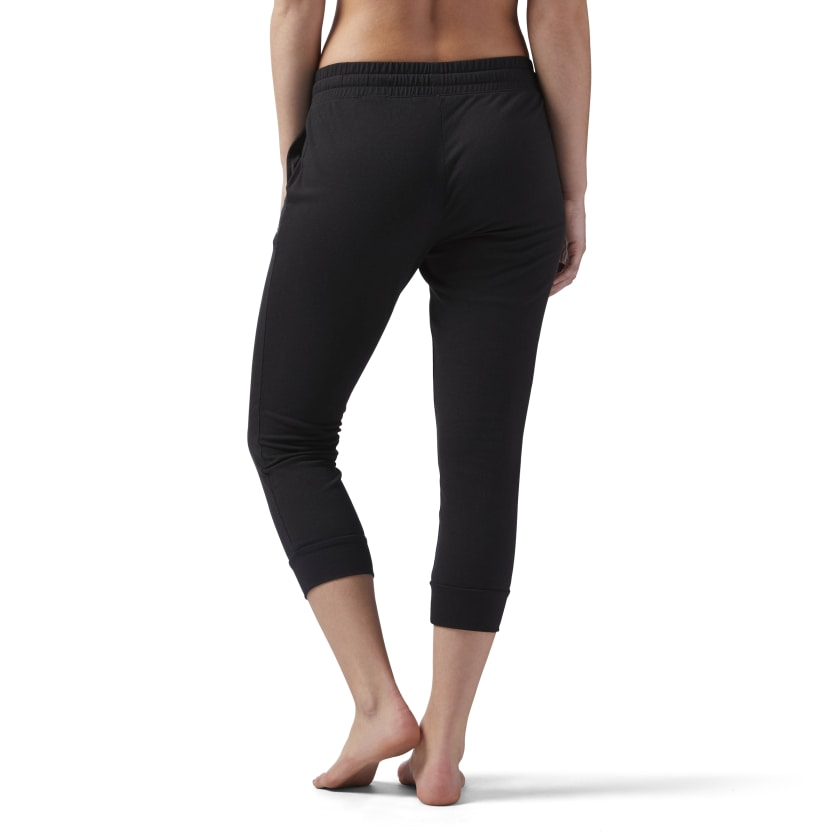 Training Essentials Jersey Capri