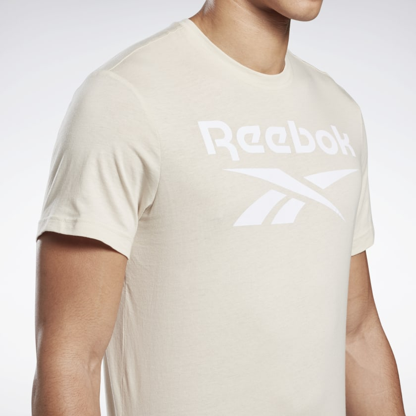 Reebok-Men-039-s-Graphic-Series-Stacked-Tee thumbnail 41