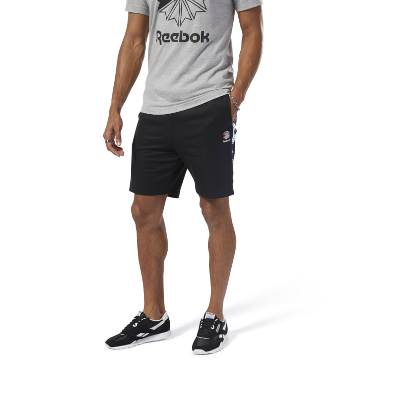 Men Classics Taped Track Shorts